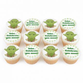 12 Green Master Cupcakes
