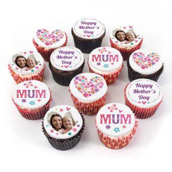 12 Mum and Hearts Cupcakes